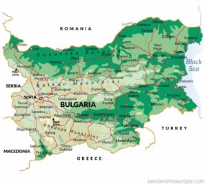 Mapa con carreteras y relieve de Bulgaria