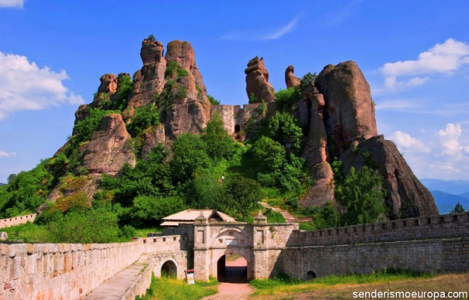 Fenomeno natural de rocas y fortaleza de Belogradchik